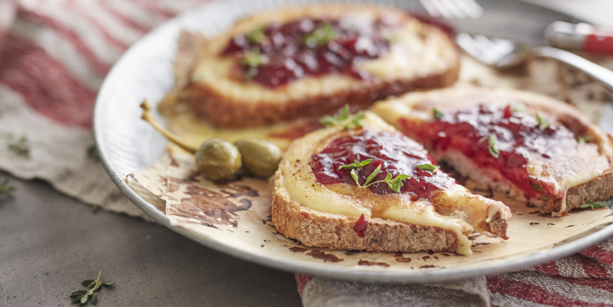 Rarebit with Beetroot Relish
