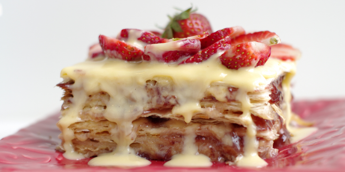strawberry vanilla layer slice