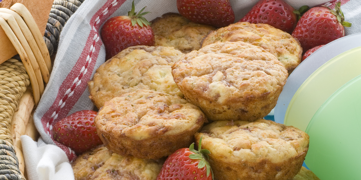 strawberry muffin puffs